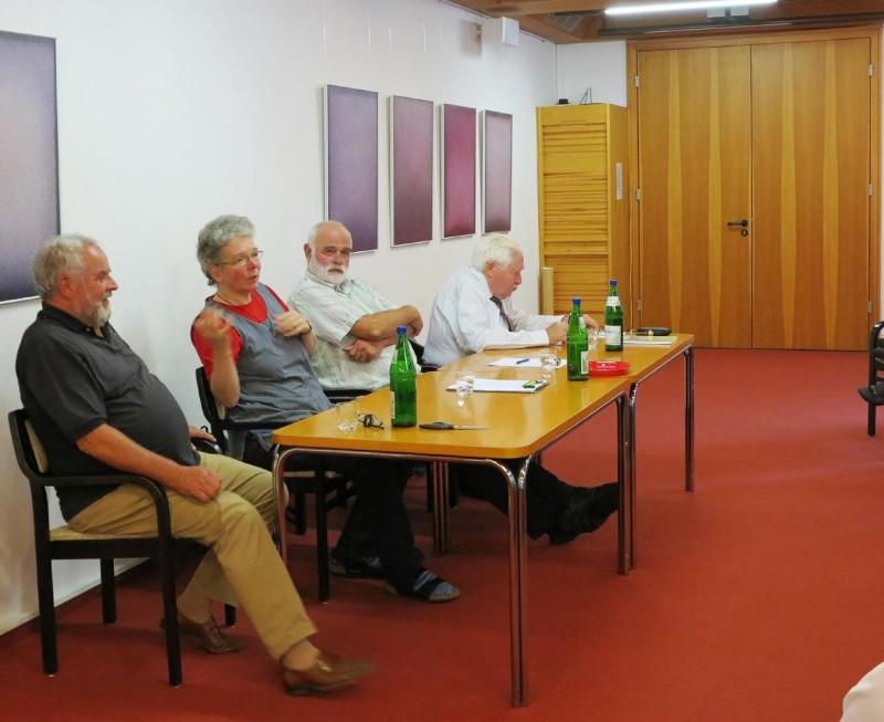 Podiumsdiskussion mit (v.l.n.r.) Dr. Erös, Dagmar Feldmann, Dr. Voß, Prof. Dr. Bernhard Vogel