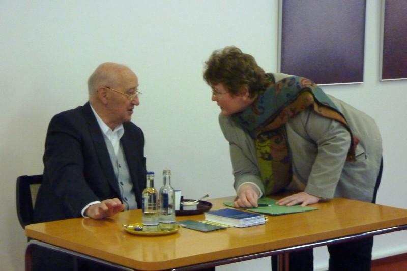 Prof. Hainz und Dorothee Mann (Die Hegge)