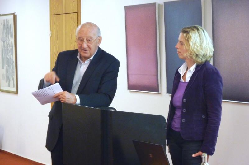 Prof. Hainz und Frau Dr. Kirsch (Die Hegge)