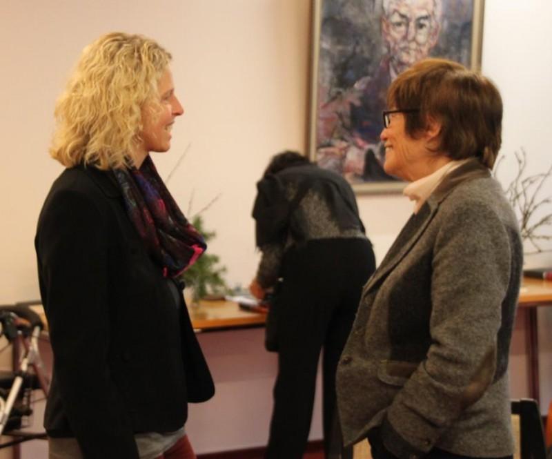 Dr. Anne Kirsch im Gespräch mit Christel Neudeck