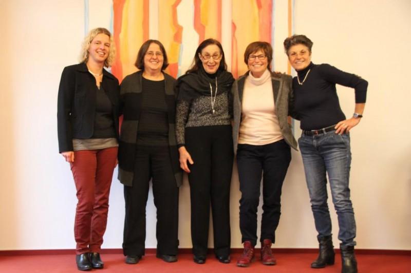 v.l.n.r.: Dr. Anne Kirsch (Die Hegge), Renate Höppner, Prof. Eveline Goodman-Thau, Christel Neudeck, Annette Erös