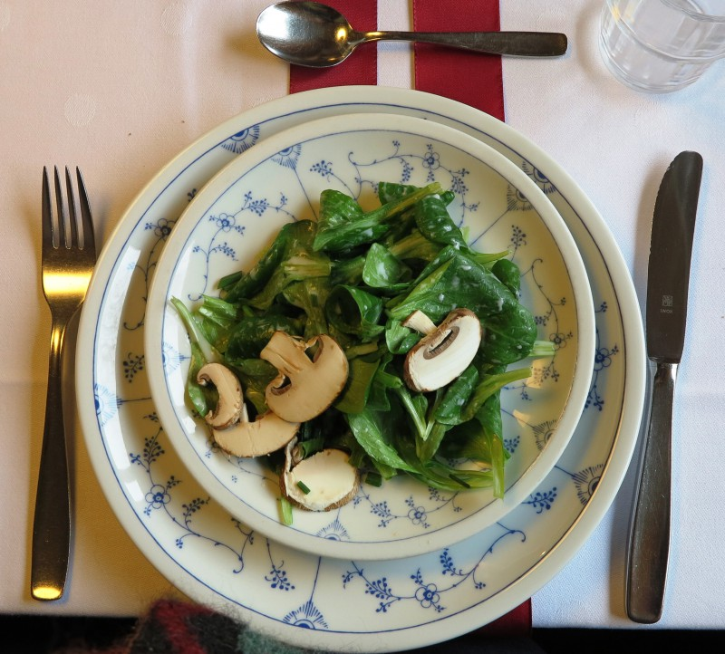 Sonntägliche Vorspeise nach dem Fastenbrechen