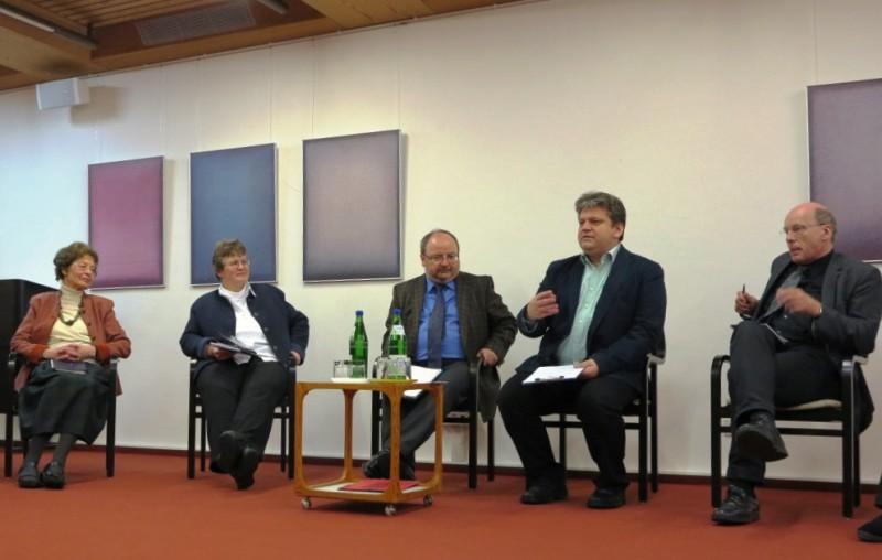 v.l.n.r.:Dr. Anna Ulrich, Dorothee Mann, Prof. Haslinger, Damian Lazarek, Prof. Tiefensee