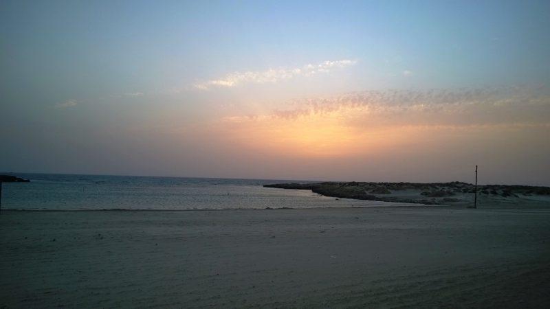 Abendliche Ankunft am Mittelmeer