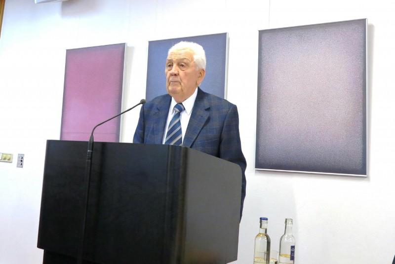 Prof. Dr. Theodor Schneider