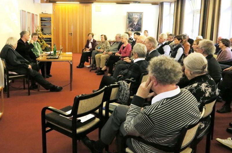 Podiumsgespräch mit Prof. Heinrichs und Dr. Brülls