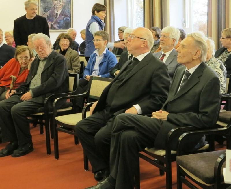 v.r.n.l. Prof. Kösters, Erzbischof Hans-Josef Becker, Hubert Spierling