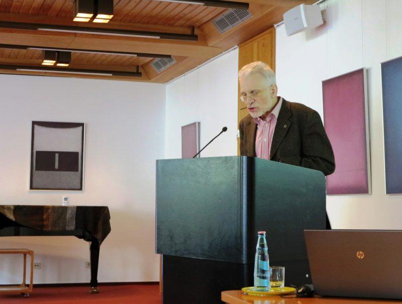 Prof. Dr. Bernhard Lang