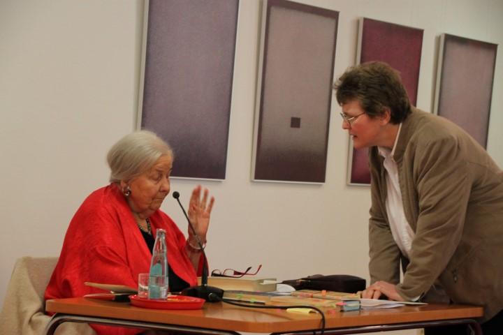 Frau Dr. Heindrichs und Frau Dorothee