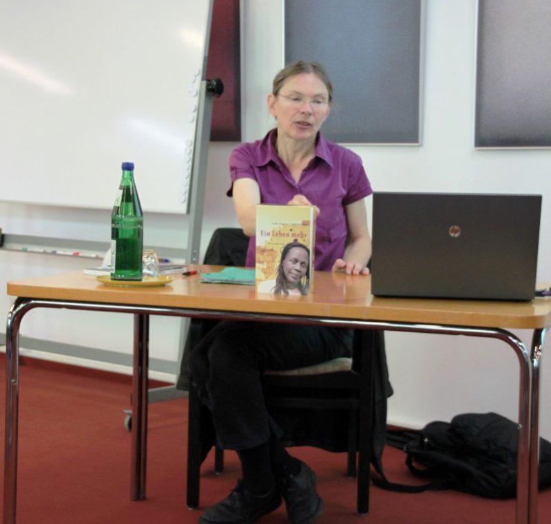 Referentin Dr. Rita Schäfer