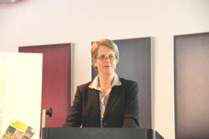 Dr. Sabine Rogge