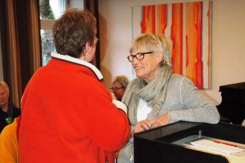 Christel Neudeck und Dorothee Mann, Die Hegge