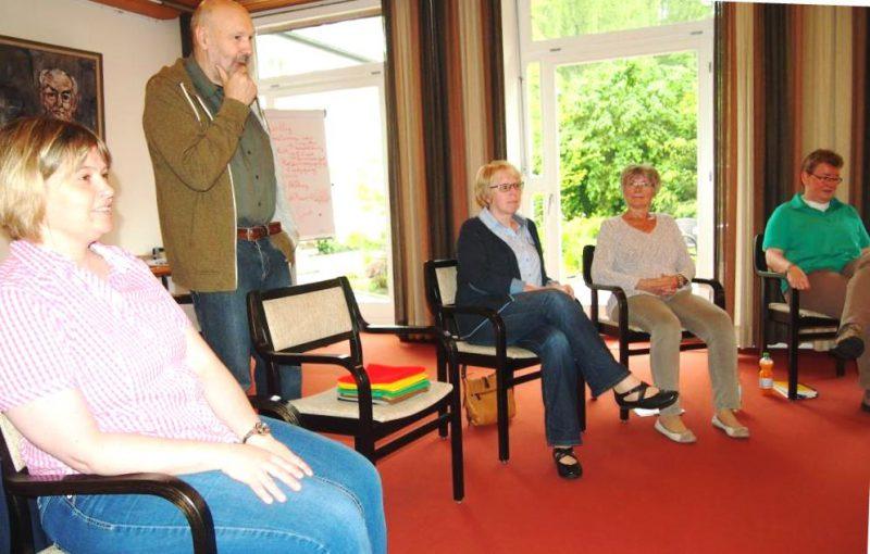 Referent Rüdiger Maschwitz mit Teilnehmerin