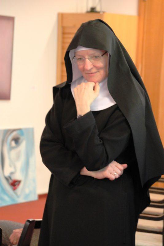 Schwester Ruth aus Varensell