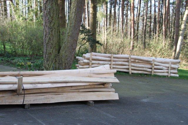 Robinienholz ist angeliefert