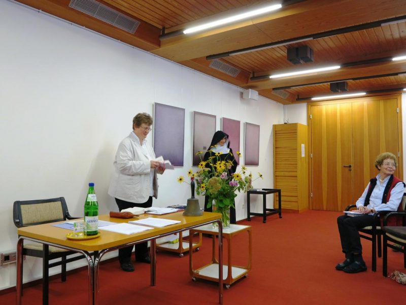 Dorothee Mann und Sr. Hildegard Wolters, OSB