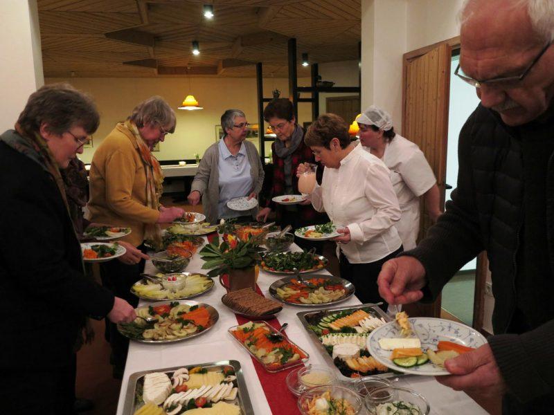 Feierliches Abendessen