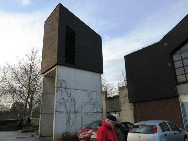 Freistehender Glockenturm der Heilig-Geist-Kirche