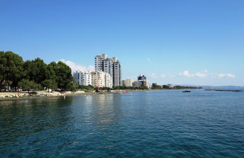 Limassol,Hotelburgen an der Küste