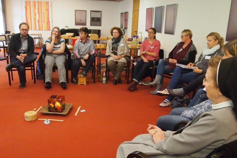 Gespräch im Teilnehmerkreis