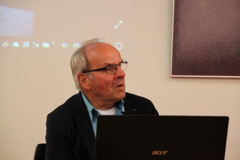 Dr. Wolfgang Unger beim Vortrag