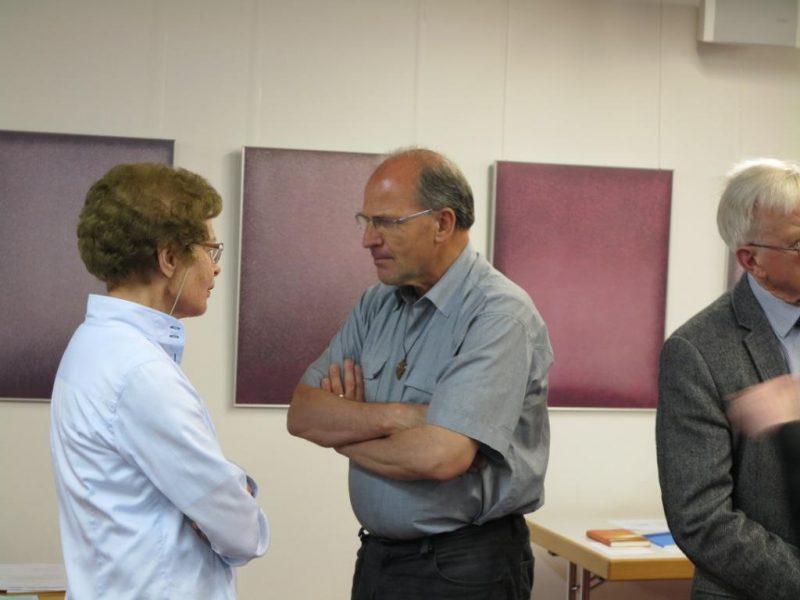 Dr. Anna Ulrich im Gespräch mit Br. Andreas Knapp