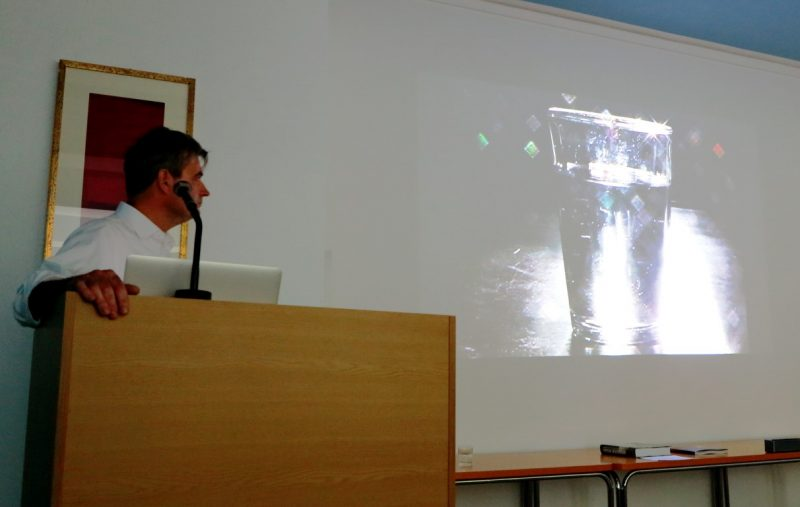 Christoph Brech zeigt einen seiner Videofilme
