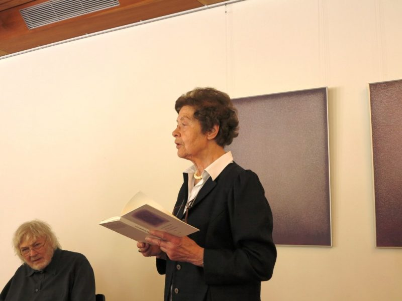 Frau Dr. Anna Ulrich bedankt sich bei Prof. Heinz Albert Heindrichs für seinen Vortrag