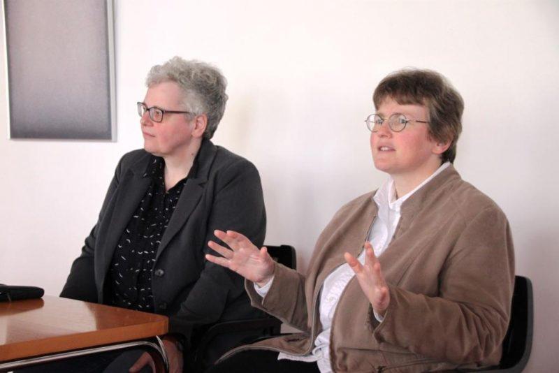 Petra Fölsch und Dorothee Mann, Die Hegge