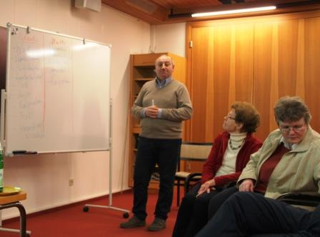Dr. Boris Hait bei seinem Vortrag