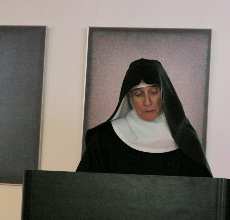 Sr. Hildegard bei ihrem Vortrag