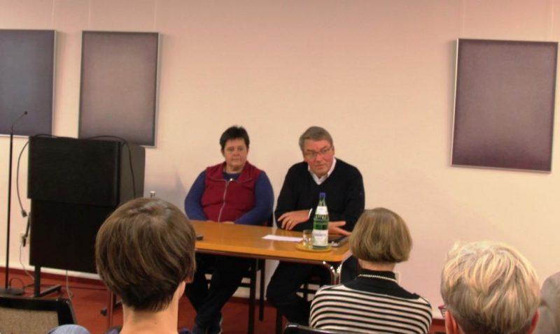 Diskussion mit Frau Prof. Dr. Corinna Bergelt und Dr. Ulli Polenz