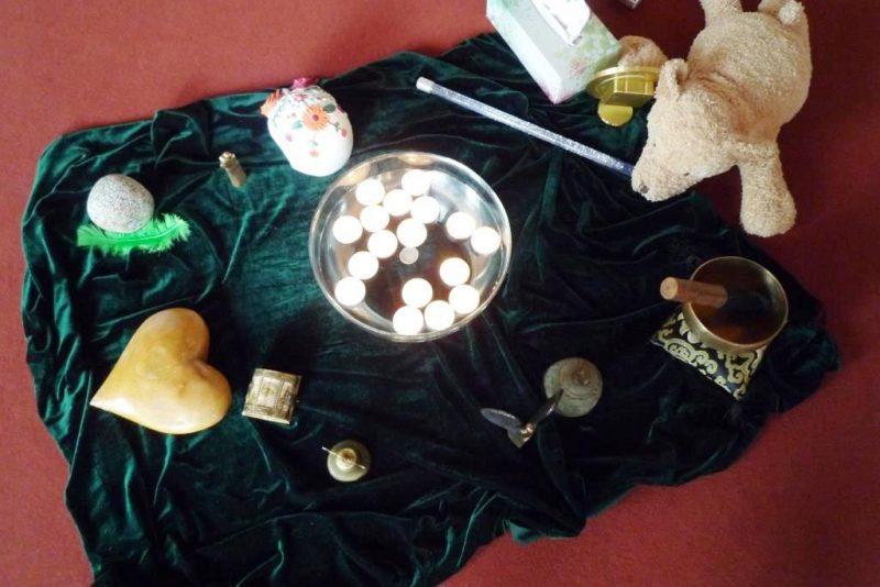 Ritual zum Schluss: Eine Kerze für einen lieben Menschen