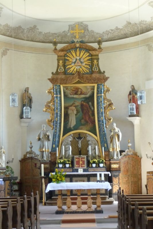 Pfarrkirche in Fölsen - Inneres nach O