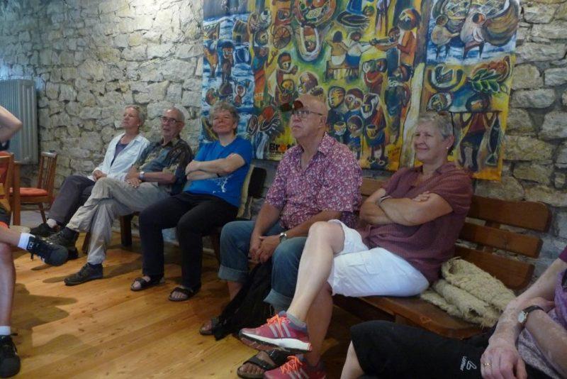 Begegnung mit der Ökumenischen Gemeinschaft Wethen im Schafstall