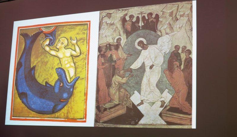 Gegenüberstellung von bildlichen Darstellungen aus dem Alten und Neuen Testament