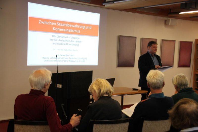 Damian Lazarek stellt Dr. Thomas Scheffler vor