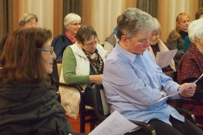 Referentinnen als Zuhörerinnen.: Frau Prof. Goodman-Thau und Frau Feldmann