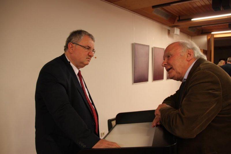 Dr. Oehring und Prof. Steinbach im Gespräch