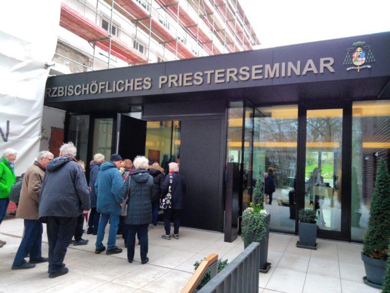 Besuch des Priesterseminars in Paderborn