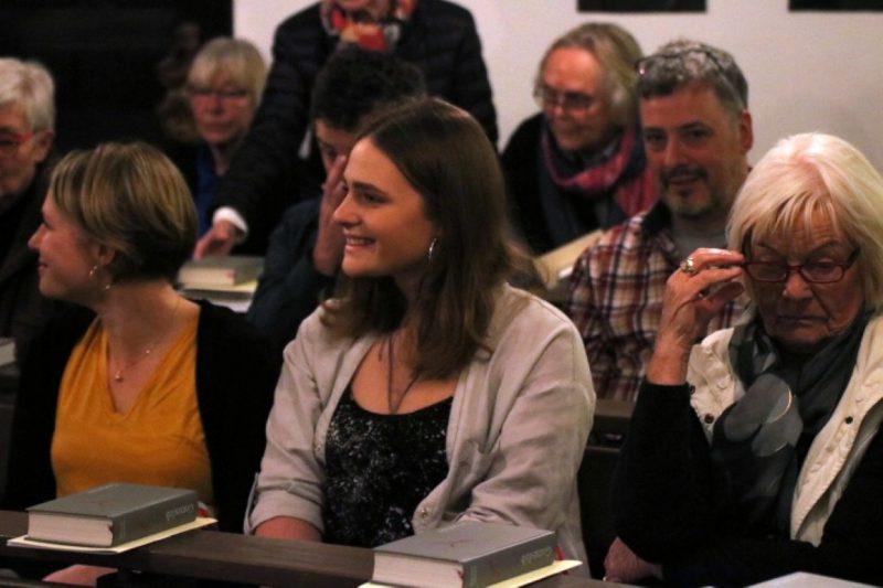 In der Kapelle bei der Aufnahme von Susanne Münch in den Hegge-Ring