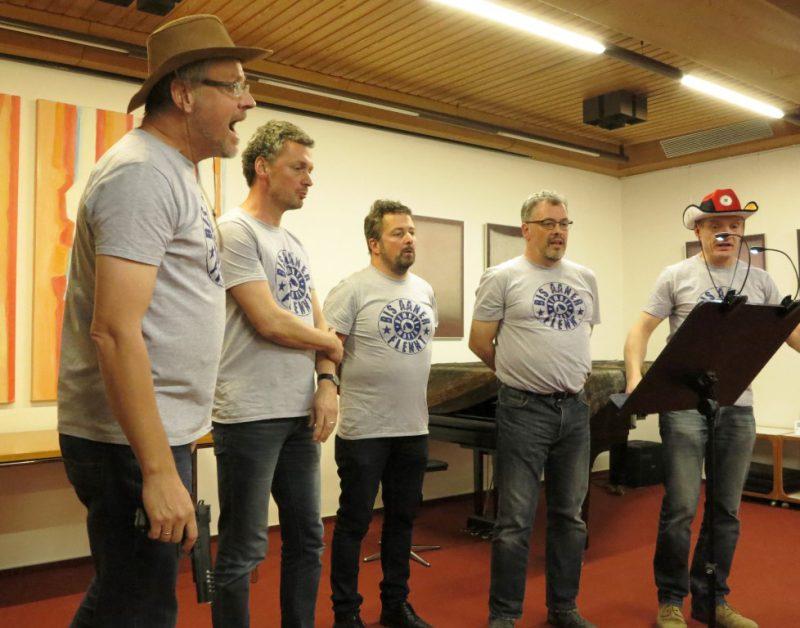 Abendliches kleines Konzert: Die Männer aus Frankfurt