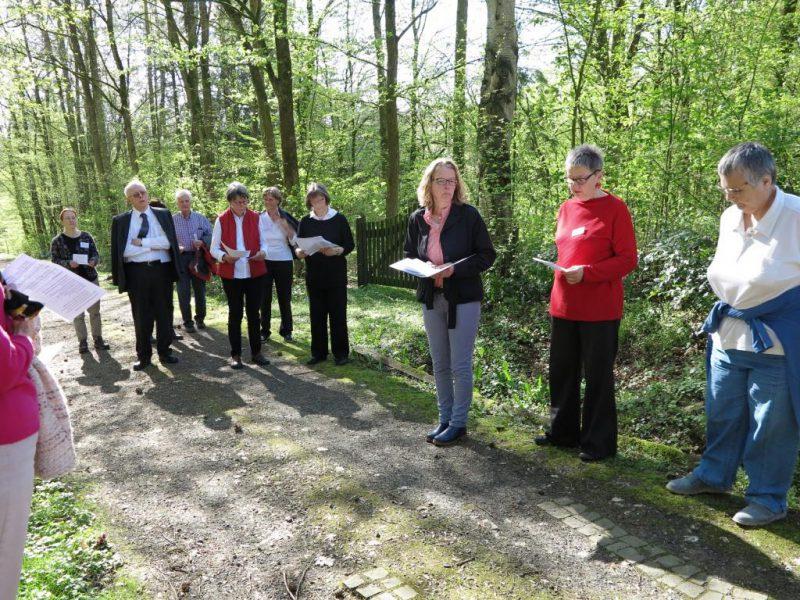 Karfreitag: Meditativer Rundgang im Hegge-Park