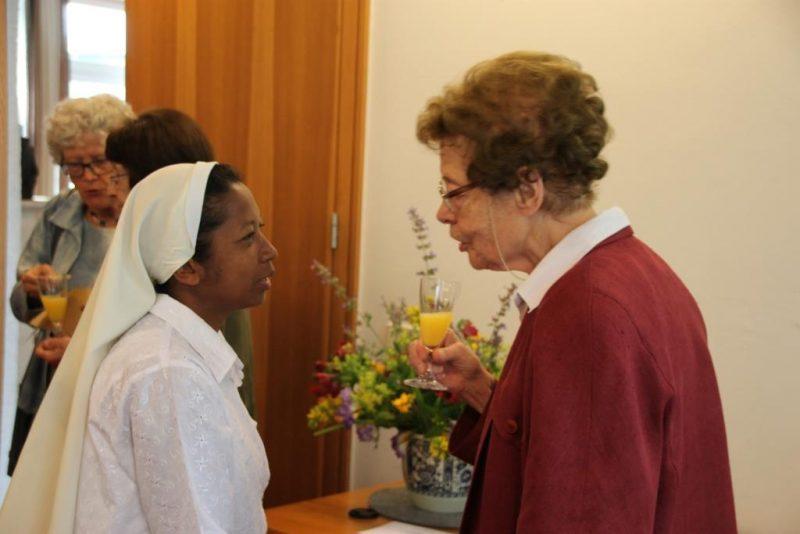Sr. Georgine aus Madagaskar gratuliert