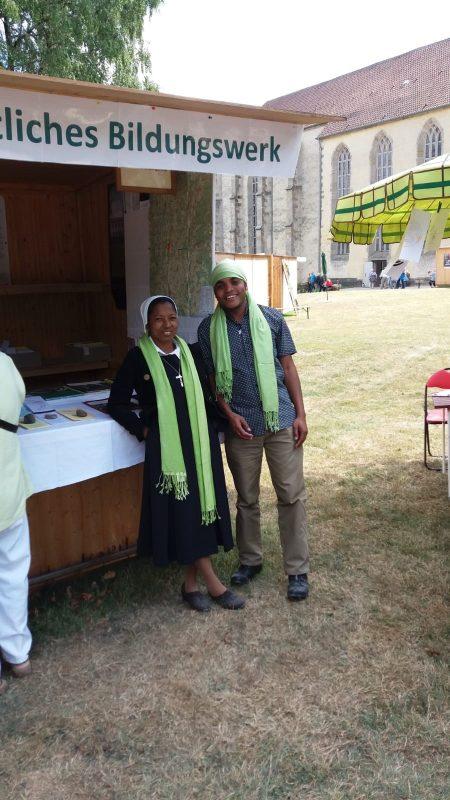 Aus Madagaskar kamen unsere beiden Helfer, Sr. Georgine und Henri Razafindramahefa