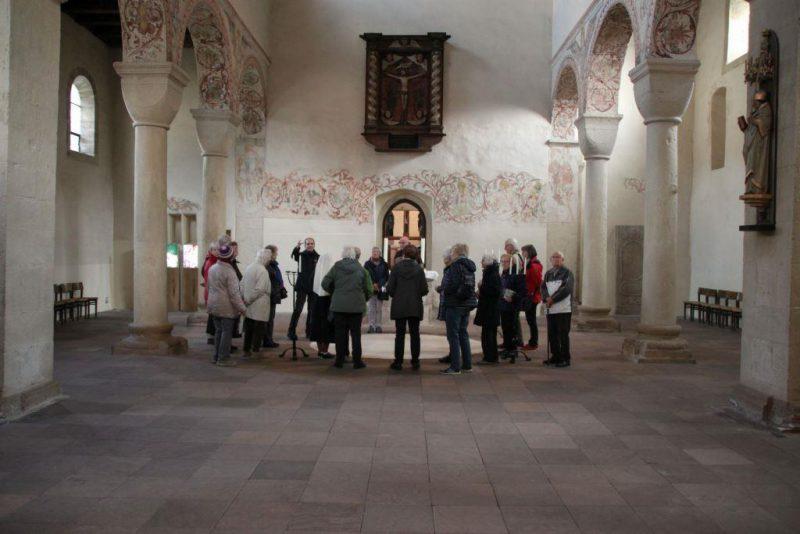 Erläuterungen in der Westkirche von Bursfelde