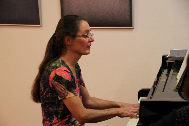 Pianistin Regina Wenzel
