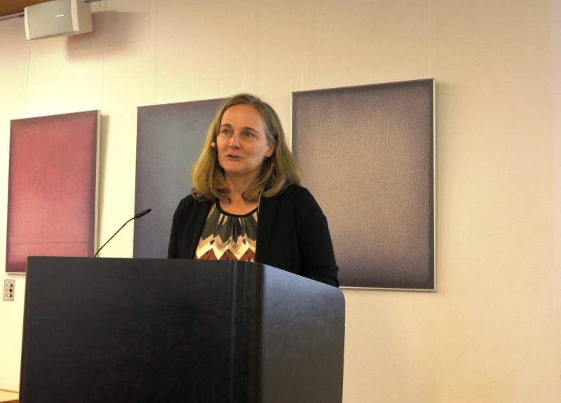 Frau JProf. Dr. theol. Katharina Klöcker referiert