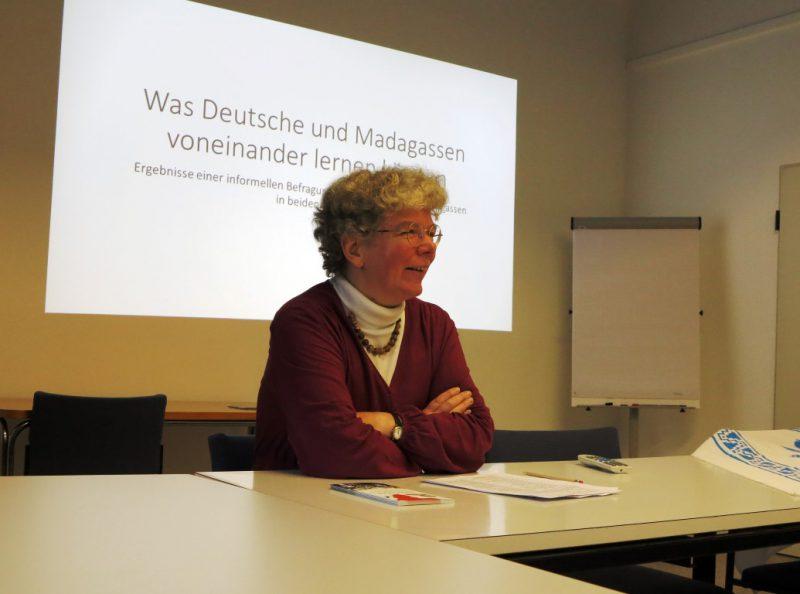 Frau Feldmann berichtet von ihren Begegnungen in Madagaskar