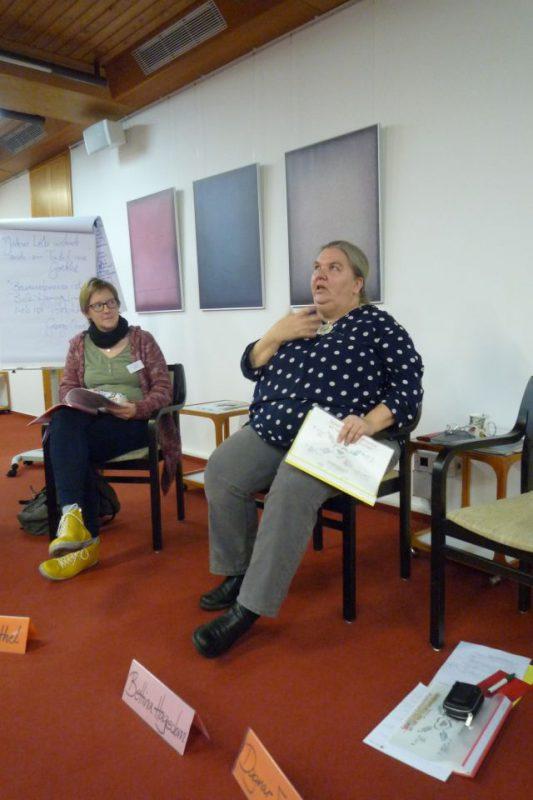 Bettina Hagedorn referiert zu gewaltfreier Kommunikation